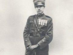 Giuseppe Di Rorai in piedi.jpg